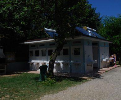 Camping-Panorama-Pesaro-Bungalow-02
